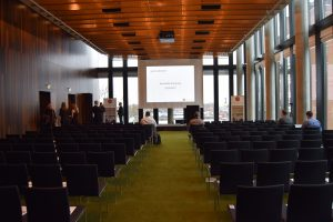 Vermittler-Kongress 2017: Tagungssaal im Empire Riverside