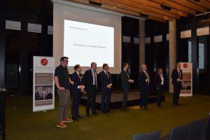 Die Referenten stellen sich den Fragen der Teilnehmer
