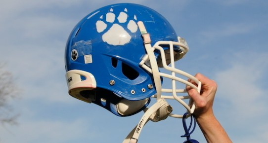 Burr Oak defense makes big plays as Bobcats top Litchfield for first 8-man football win of the year