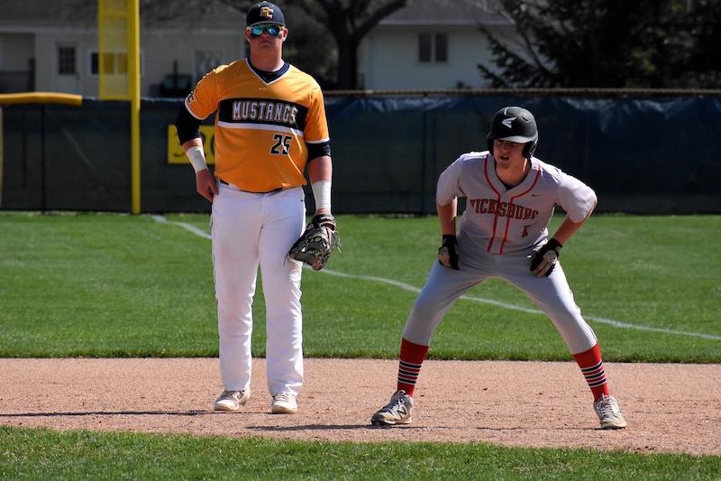 Kalamazoo/St. Joseph County Baseball Roundup: Tuesday, May 1