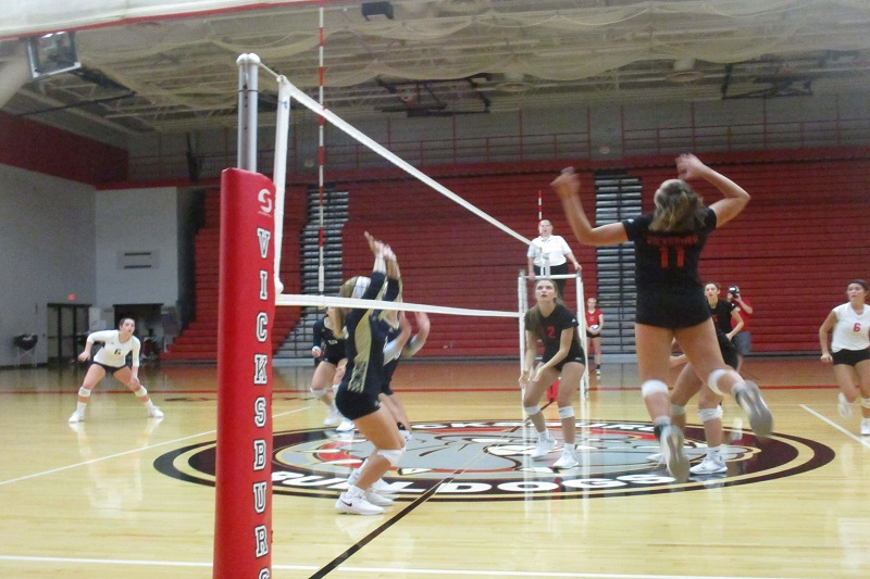 Vicksburg sweeps Otsego to stay unbeaten in Wolverine Conference