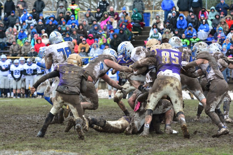 Schoolcraft Stuck In The Mud Falls In Regional Final To Montague
