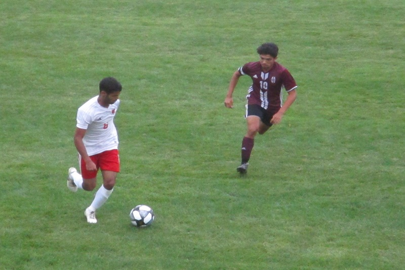 Kalamazoo Central defeats Coldwater 2-0 in soccer debut