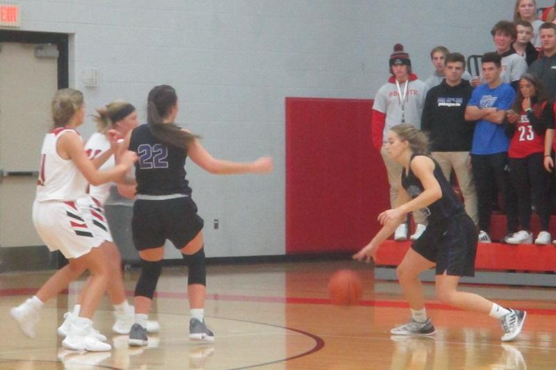 Three Rivers rolls Vicksburg 60-19 in girls basketball