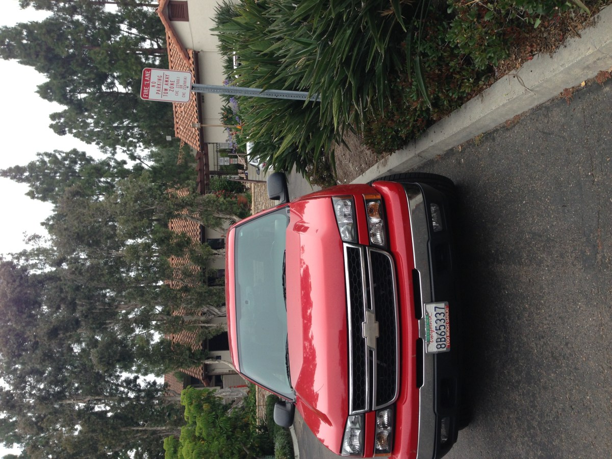 Apparently It's Ok to Park Illegally at Del Mar Villas – IF You Are the Manager …. (Updated)