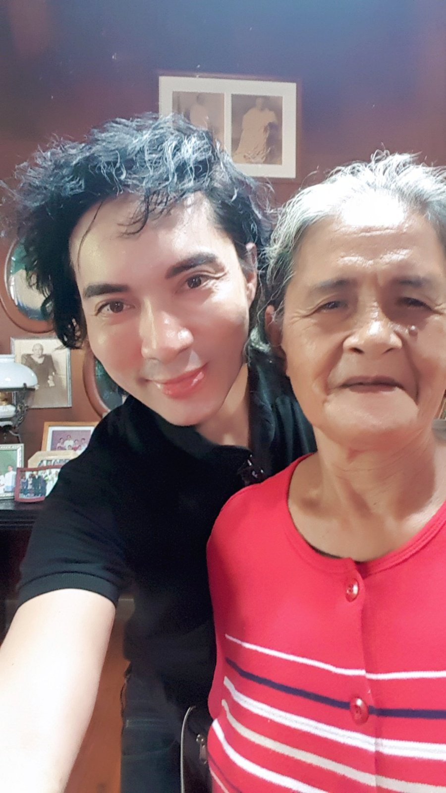 Me with Darsila Hoyohoy, caretaker of the Rodriguez Ancestral House