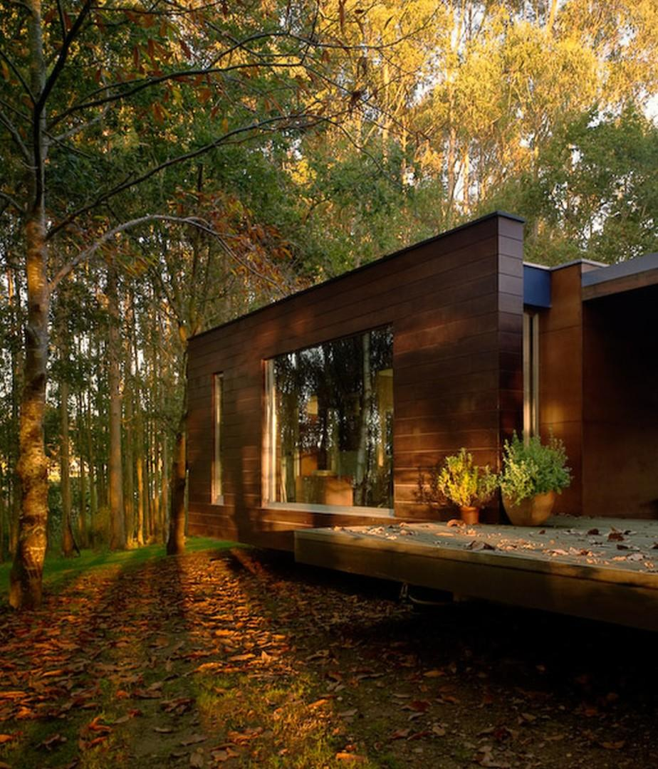 wood-small-house-1