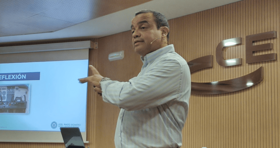 Del CRM al Email Marketing - CEEI Diciembre 2019 - Joel Pinto Romero (4)