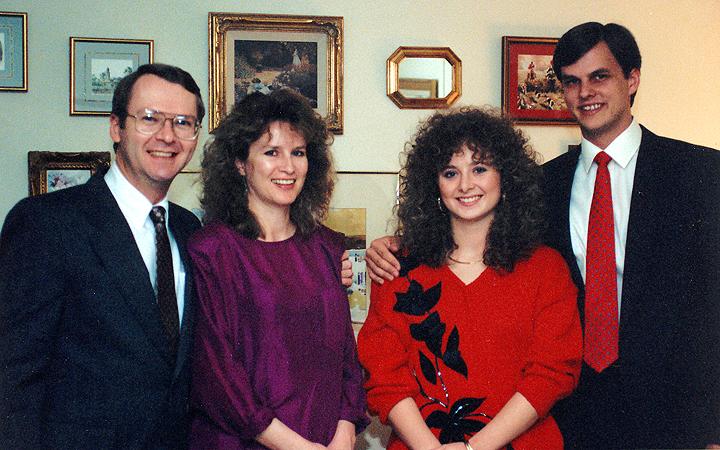 Joe Cecelia Laurie John Nov 1990