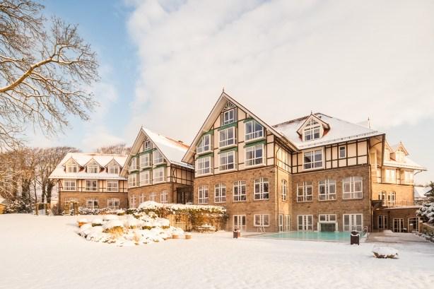 Alter Meierhof im Schnee Hotel und Architekturfotos Fotografie in Flensburg