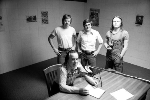 Earl Scruggs at WLYX - 1974