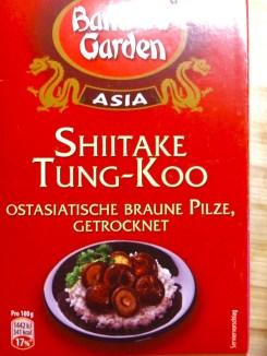 Shitake getrocknet oder frisch, wenn zur Hand