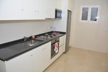 MLA_0022 (2).JPG kitchen