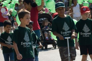 Labor Day Parade 2007 School kids