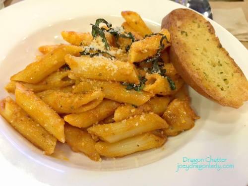 Chicken Tomato Pesto Penne