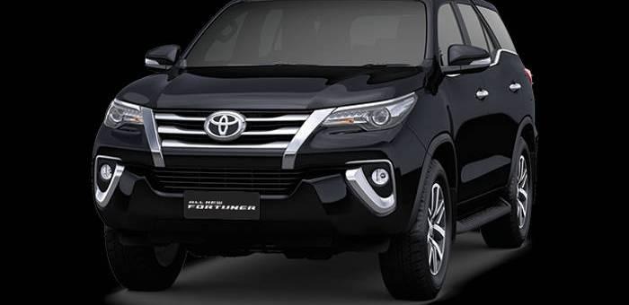 Toyota Fortuner Warna Hitam, cocok untuk sewa mobil jogja