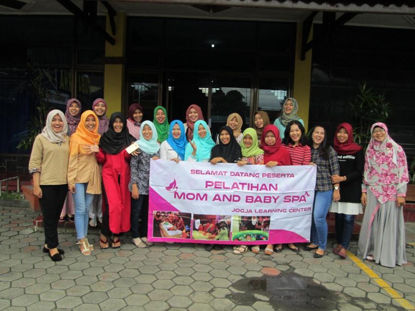 Peserta Pelatihan Spa dari berbagai kota di Indonesia