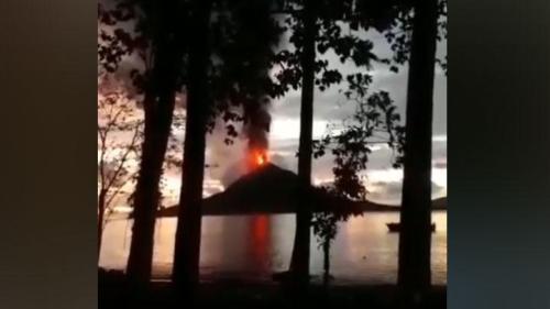 Erupsi Gunung Anak Krakatau Selat Sunda 22 Desember 2018. Instagram