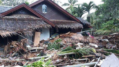 Penampakan sebuah rumah di Mutiara Carita Resort pasca diterjang tsunami pada Sabtu 22 12 2018.