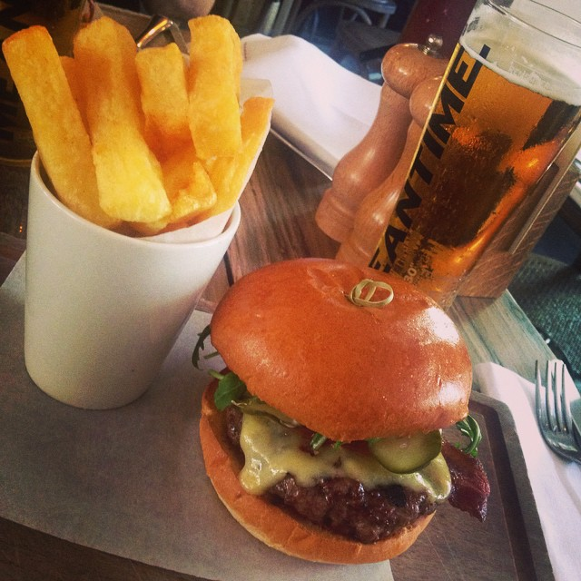 burger with triple-cooked chips