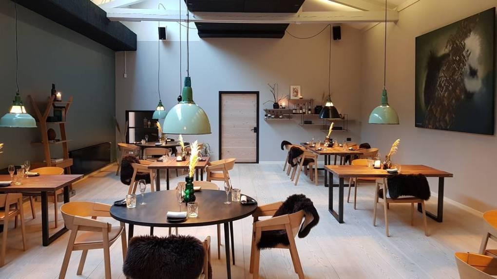 Bror Ditlev restaurant interior