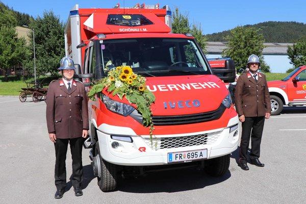 Neues Einsatzfahrzeug der FF Schönau gesegnet