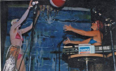 Wigband-lap-pool-2