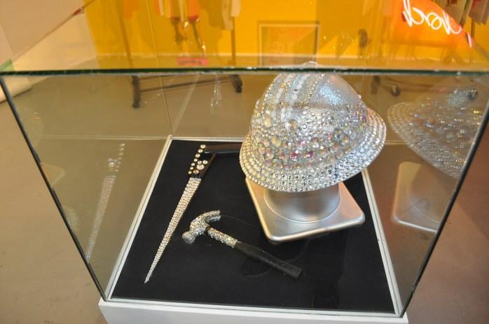 16 Glam-hammer-helmet