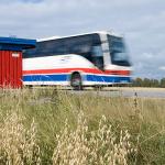 Vem ska köra länstrafikbussarna till alla mjölkpallar runt om i länet? - Om landstingets uppgifter
