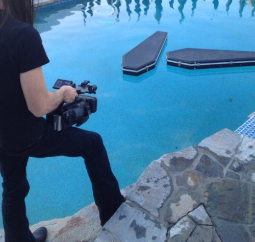 Jonny Coffin shooting coffin cases in John 5's pool