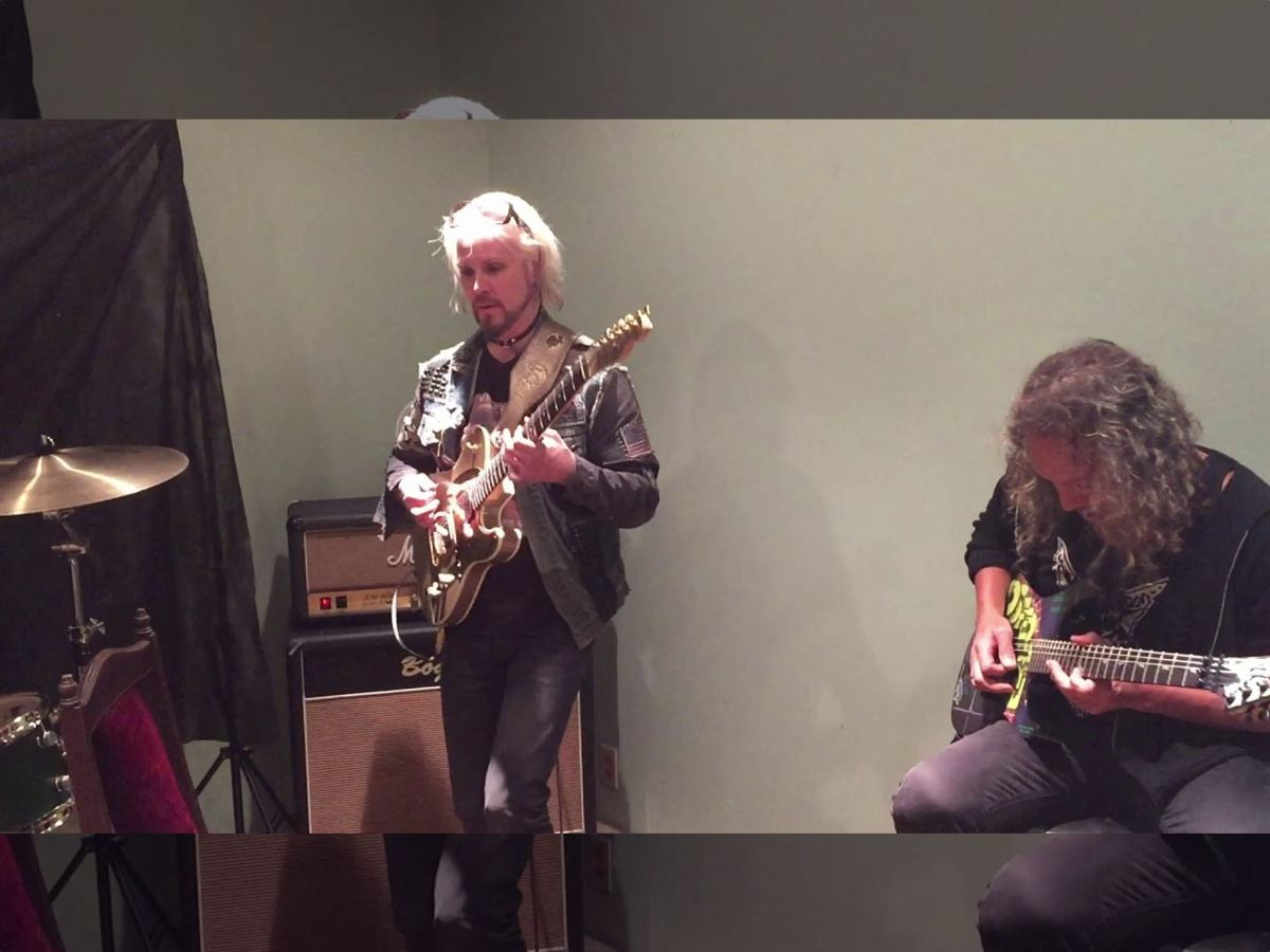 John 5 Kirk Hammett Charlie Benante Black Sabbath cover video