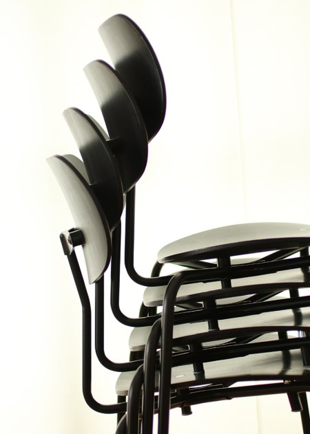 Egon Eiermann SE68 stacking chair