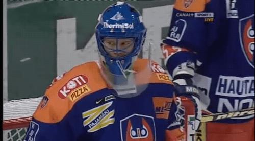 fin-hockey02.jpg