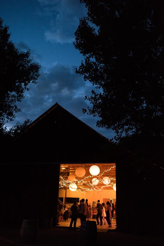 Denver wedding photography barn wedding