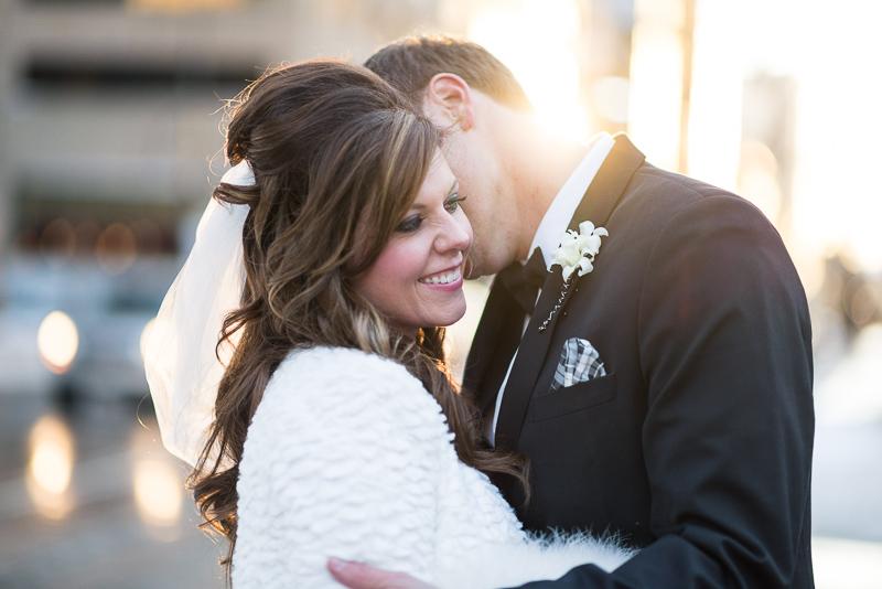 denver wedding photography sunlight kiss