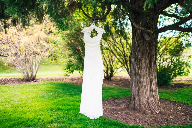 chatfield botanic gardens wedding photography wedding dress