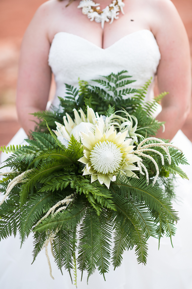 morrison willow ridge manor wedding photographer bouquet