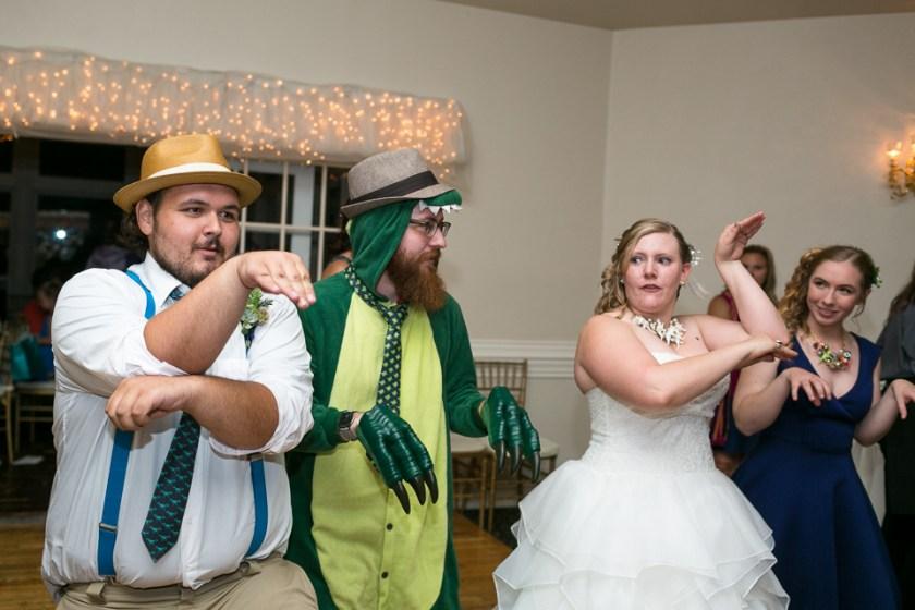 morrison willow ridge manor wedding photographer dancing dinosaur