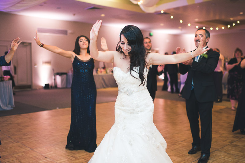denver jewish wedding photographer dancing