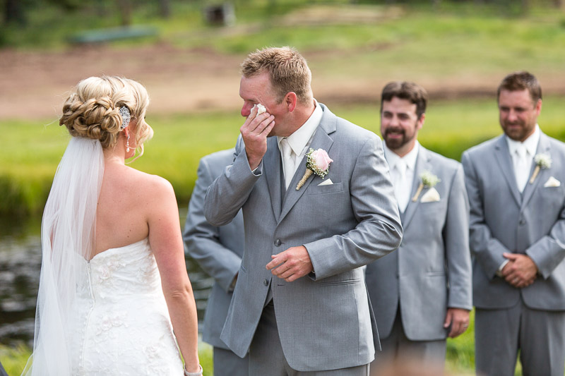 Cuchara Wedding Photographer crying groom