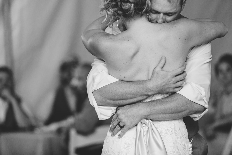 Cuchara Wedding Photographer first dance black white