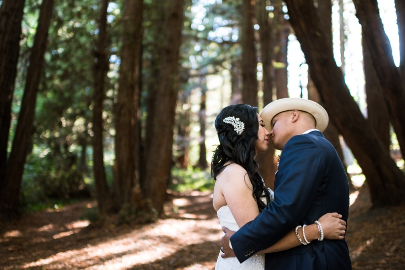San Francisco Wedding Photography kissing couple