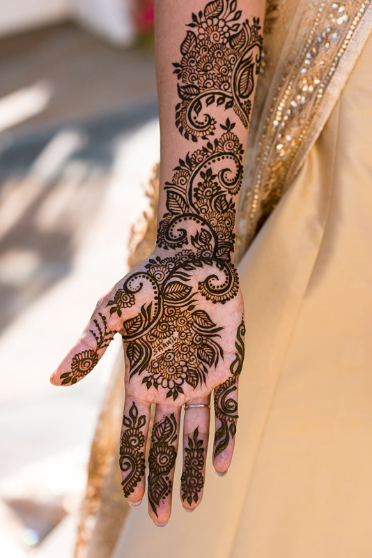 San Francisco Mehndi Ceremony Photographer henna hand