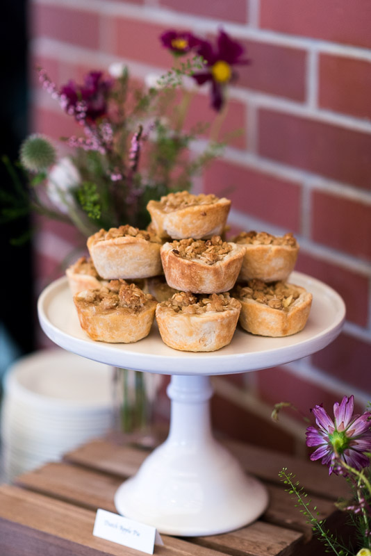 denver athletic club wedding photography apple crumble