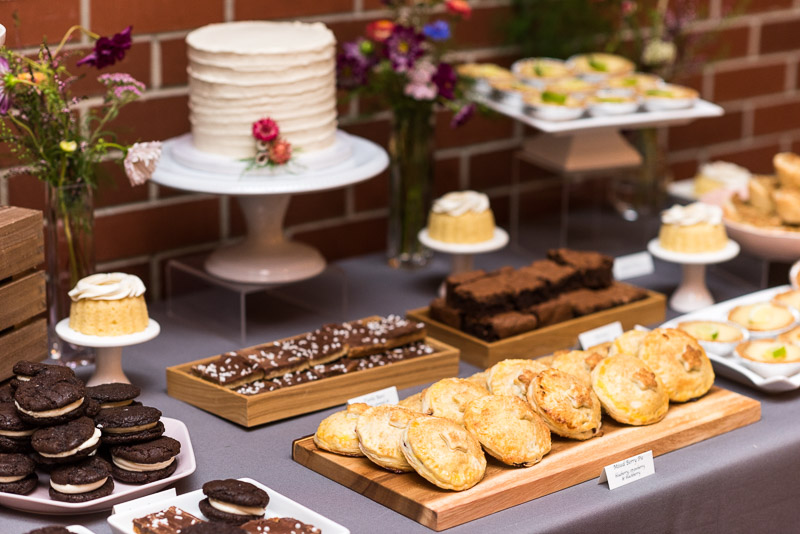 denver athletic club wedding photography dessert table