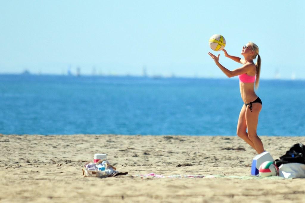 Beach Volleyball - John Chandler Media