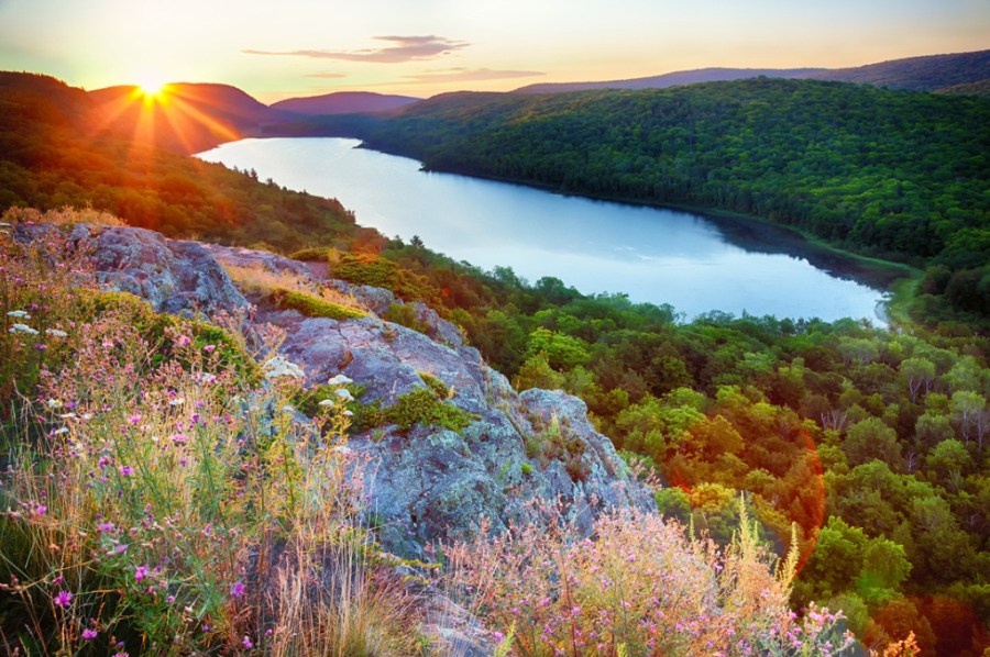 lake-of-the-clouds-porcupine-mtns-up-michigan