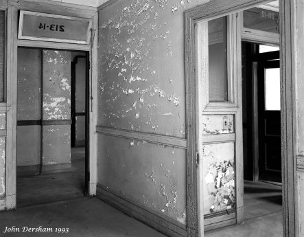 7-10-1993 Lyric Theater building prior to renovation-Birmingham Alabama-Toyo M 8x10 camera-250mm Fujinon W lens-Kodak Tri X Pan Pro 8x10 film-PMK Pyro developer.