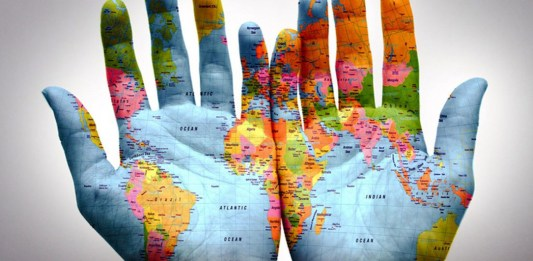 world-in-hands-travel
