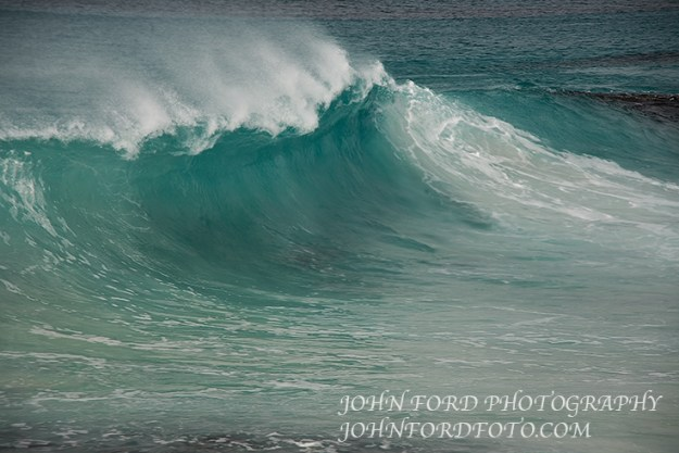 Surf at friendly Beach, Tasmania